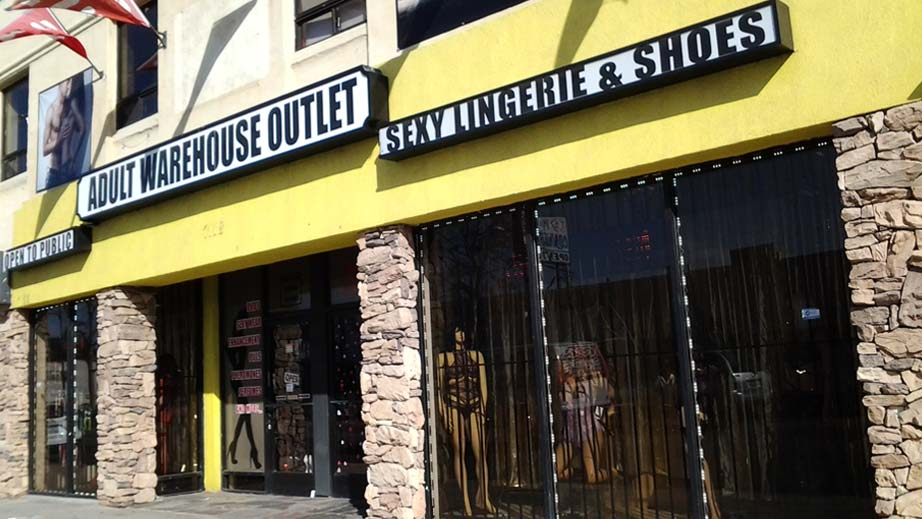 Adult Warehouse Outlet Reseda